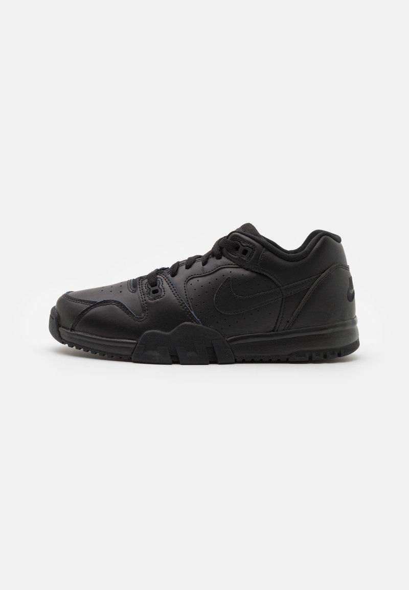 Nike Sportswear - CROSS TRAINER - Sneakers basse - black/off noir