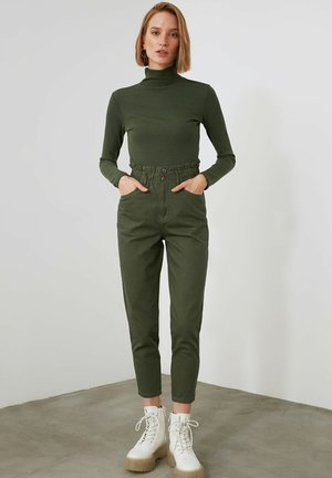 Trousers - green