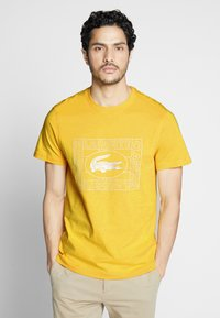 Lacoste - TH5097-00 - Print T-shirt - yellow - 0