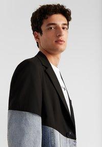 Desigual - AME AARON - Blazer jacket - black - 3