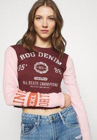 BDG Urban Outfitters - COLLEGIATE LETTUCE TEE - Long sleeved top - burgundy - 3
