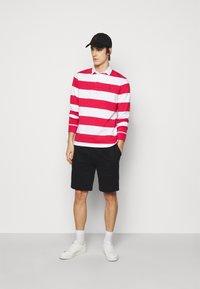 Polo Ralph Lauren - THE CABIN FLEECE SHORT - Shorts - black - 1
