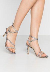 Dune London - MIGHTEYS - Sandály na vysokém podpatku - silver - 0