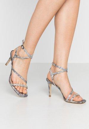 MIGHTEYS - Sandály na vysokém podpatku - silver