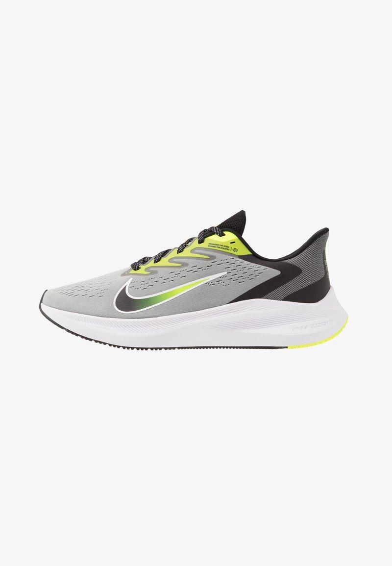 Nike Performance - ZOOM WINFLO 7 - Neutral running shoes - light smoke grey/black/volt/white