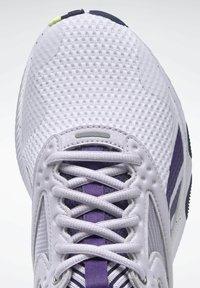 Reebok - HIIT LES MILLS FOUNDATION - Scarpe da fitness - purple - 7