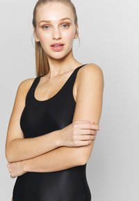 Pieces - PCKASSIE - Body - black - 3