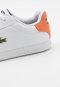 Lacoste - GRADUATE - Baskets basses - white/orange