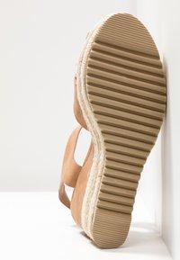 Refresh - High heeled sandals - camel - 6