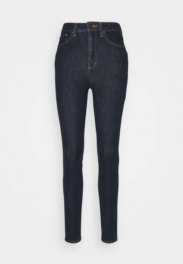 UNIVERSAL - Skinny džíny - rinsed