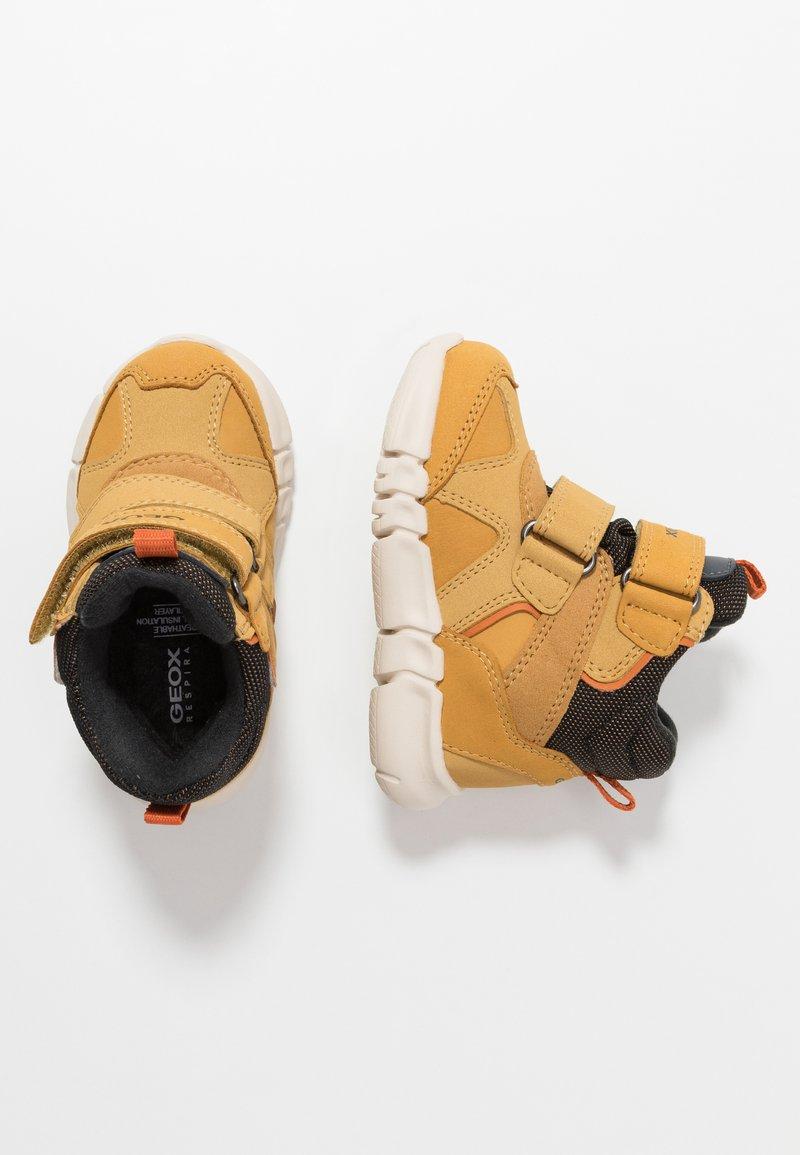 Geox - FLEXYPER BOY ABX - Winter boots - biscuit