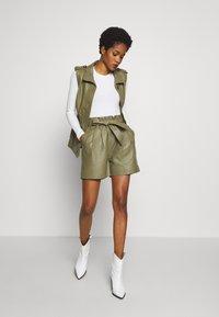 Object - OBJSTAR - Pantalón de cuero - burnt olive - 1