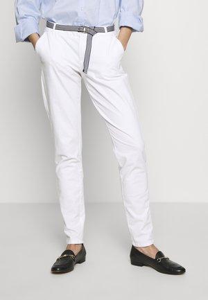 Chino - white