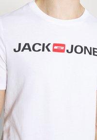Jack & Jones - JJECORP LOGO TEE CREW NECK 3 PACK - Print T-shirt - white - 7