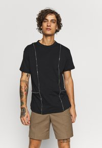 The Ragged Priest - TEE WITH ZIP PANELS - Jednoduché triko - black - 0