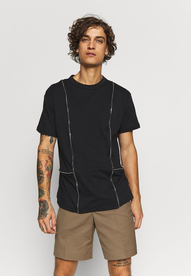 TEE WITH ZIP PANELS - T-shirt basic - black