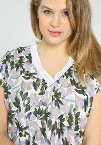 Paprika - Print T-shirt - lilac - 3