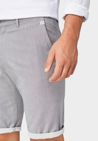 TOM TAILOR - Shorts - tornado grey - 4