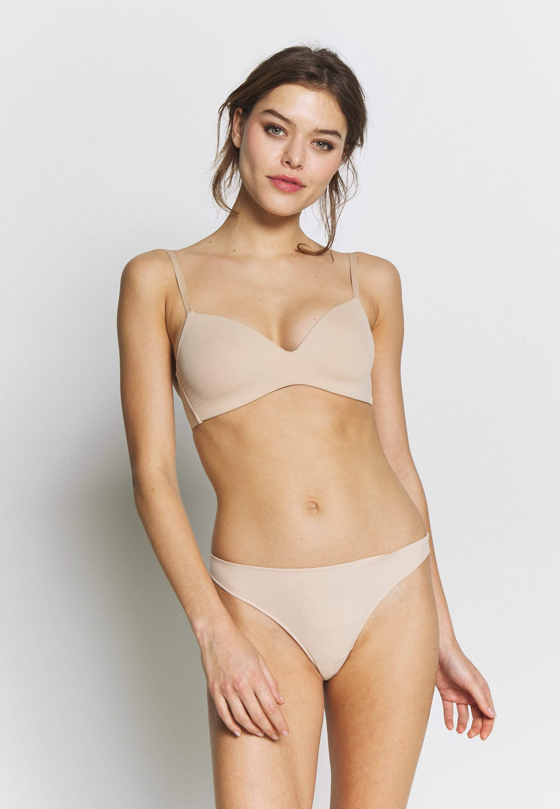 Femme INVISIBLE 2 PACK - String