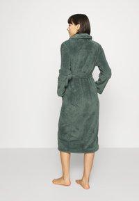 Hunkemöller - ROBE LONG SNUGGLE - Dressing gown - balsam green - 2