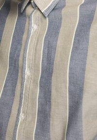 Jack & Jones - JORMICHAEL  - Shirt - martini olive/stripes - 4
