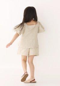 Rora - SET - Shorts - beige - 1