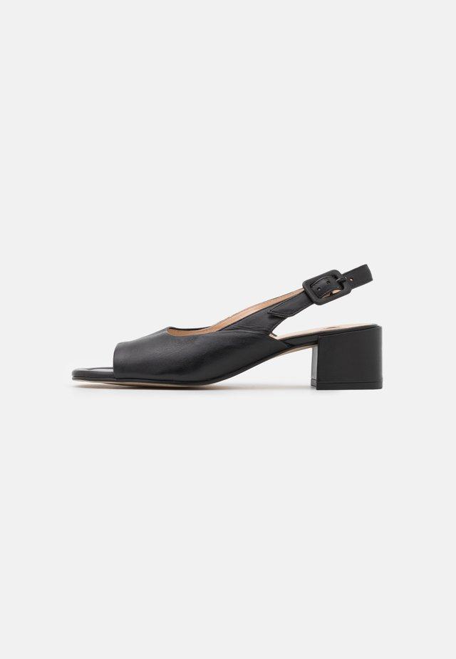 LUISA - Sandales - schwarz