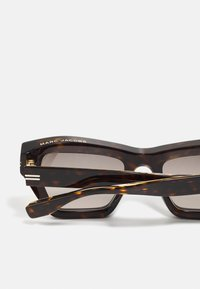 Marc Jacobs - Aurinkolasit - havana - 2