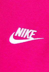 Nike Sportswear - HOODIE - Sweat à capuche - fireberry/white - 6