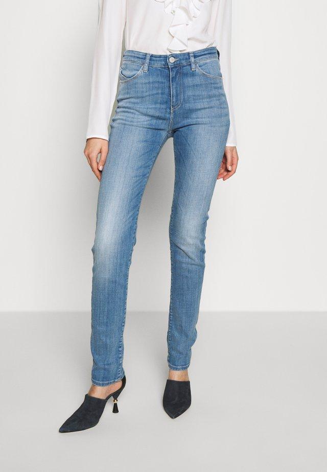POCKETS PANT - Jeansy Skinny Fit - blue denim