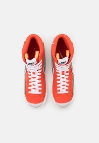 Nike Sportswear - BLAZER MID '77 INFINITE - Sneakers hoog - team orange/baroque brown/arctic pink - 5
