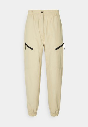MALI TECH PANTS - Pantalon cargo - camel