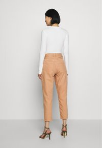 Ética - ALEX ANKLE - Jeans Tapered Fit - coffee - 2