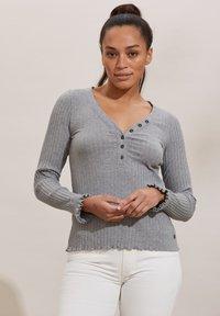 Odd Molly - LINDSAY - Long sleeved top - grey melange - 2