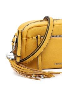 Tamaris - ADELE - Across body bag - yellow - 5