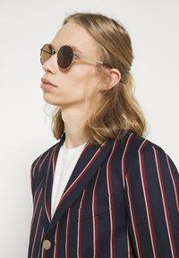 Gucci - UNISEX - Sunglasses - silver-coloured/brown - 0