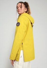 Napapijri - RAINFOREST SUMMER - Winter jacket - yellow moss - 3