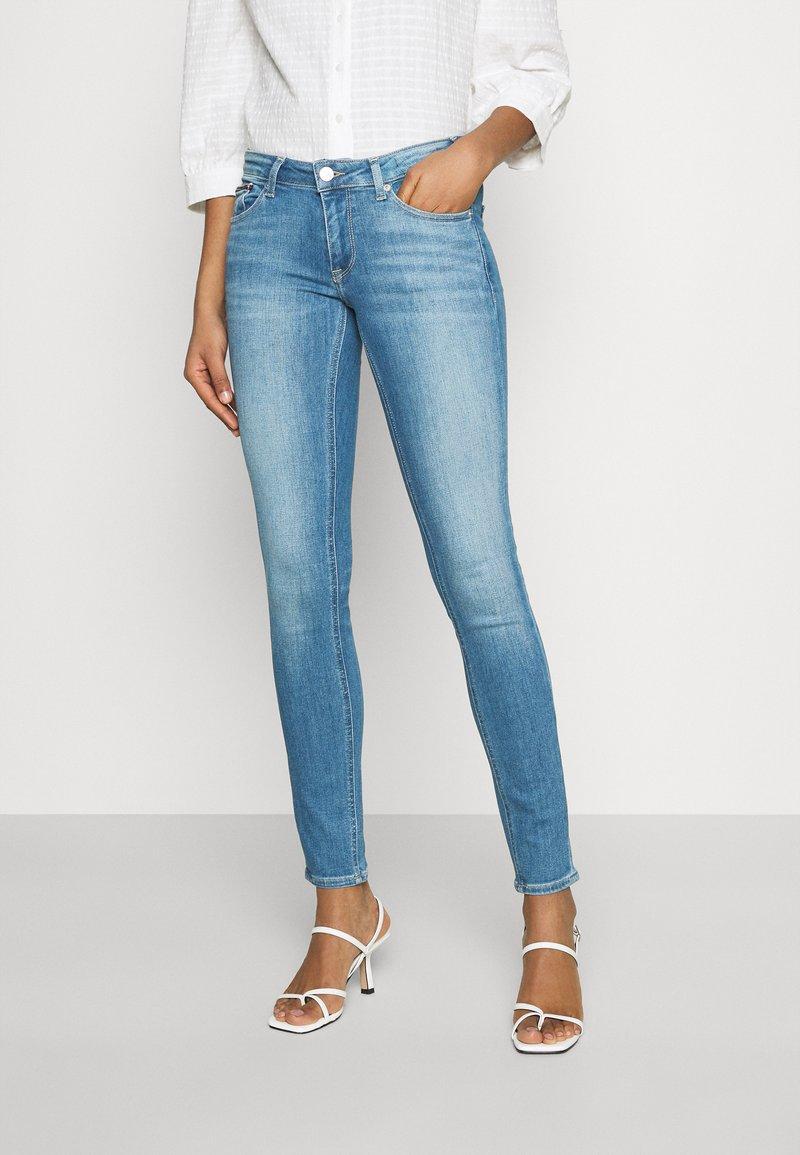 Tommy Jeans - SOPHIE - Skinny džíny - denim light