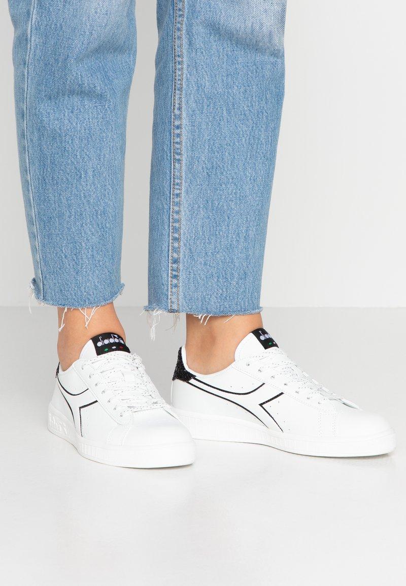 Diadora - GAME  - Sneaker low - white