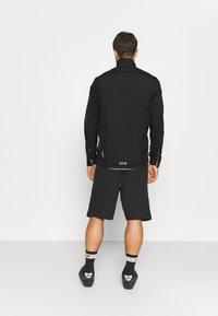 Gore Wear - GORE® WEAR SPIRIT JACKET MENS - Trainingsjacke - black - 2