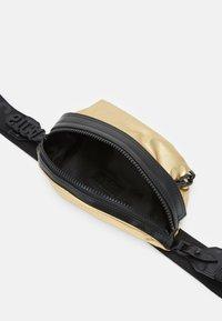 Just Cavalli - Bum bag - oro - 2