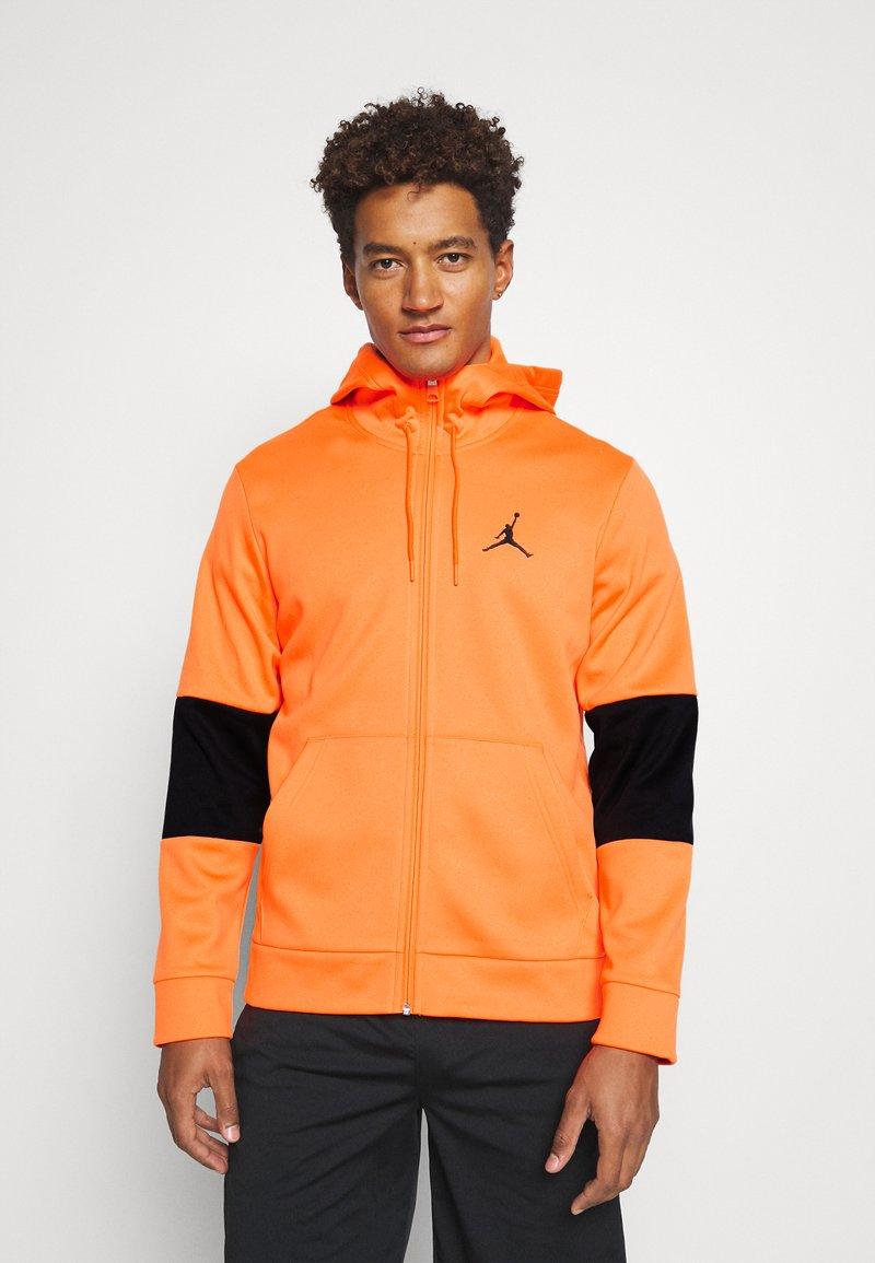 Jordan - AIR THERMA FULL ZIP - Fleece jacket - total orange/black