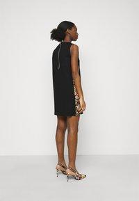 Versace Jeans Couture - LADY DRESS - Jersey dress - black - 2