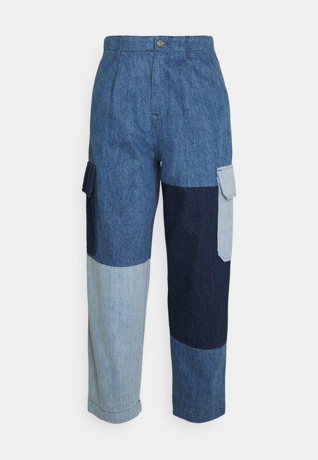 INDIGO SHADES - Jeans a sigaretta - blue