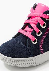Superfit - MOPPY - Vysoké tenisky - blau/rosa - 5