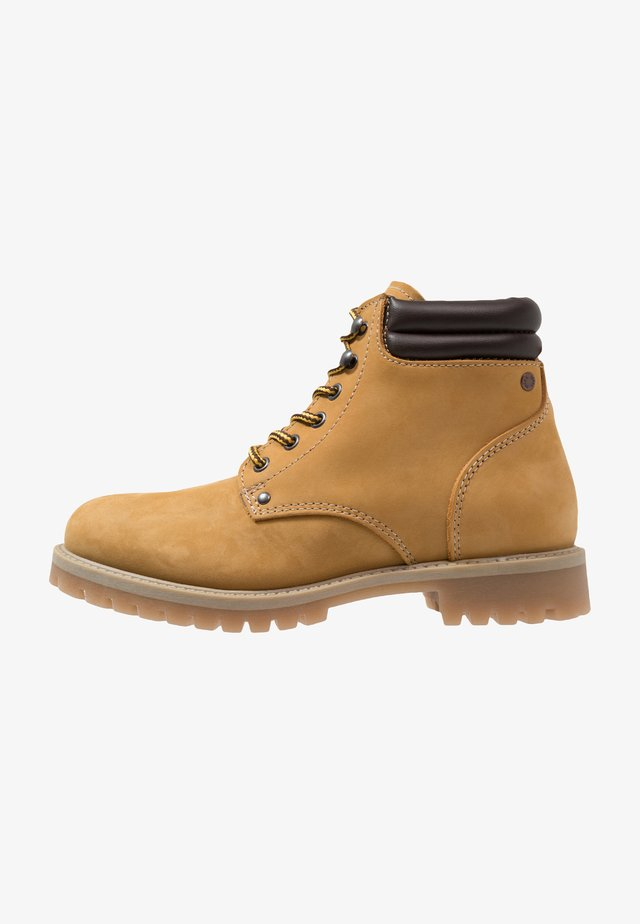 JFWSTOKE BOOT - Lace-up ankle boots - honey