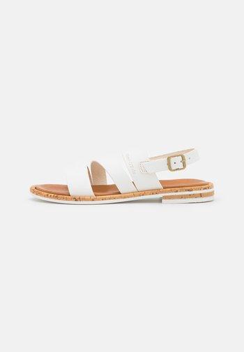 GENNY - Sandals - white