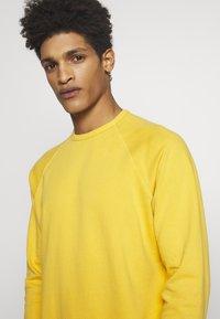 YMC You Must Create - SCHRANK RAGLAN - Sweatshirt - yellow - 4