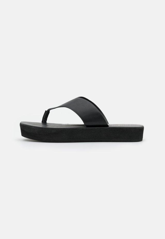 LIVIE FLATFORM THONG - Flip Flops - black