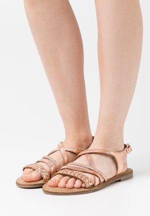 Sandaler - rose gold metallic